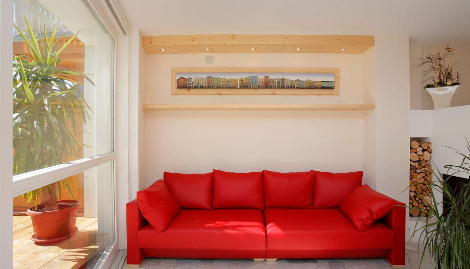 Comfortably furnished guest lounge
